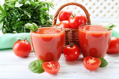 Обзор сорта томата Оранжевый Гигант
